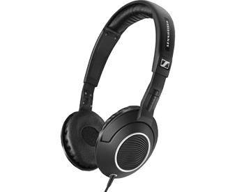 Наушники Sennheiser HD 231i черныеМодель знаменитого бренда разработана для использования вместе с Apple-гаджетами - iPhone, iPod, iPad. Наушники отличаются хорошей шумоизоляцией, широким диапазоном частот, удобным раздвижным оголовьем. Встроенный микрофон превращает эти наушники в гарнит...<br>