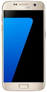 Samsung Galaxy S7 32Gb SM-G930FD Dual gold (РСТ)Флагманский Galaxy S7 дарит шикарный функционал. На фоне предыдущего поколения смартфон очень резко прибавил. Коммуникатор лучше фотографирует в темноте, оснащен более емким аккумулятором, поддерживает карточки microSD. Вновь появилась защита от воды и пы...<br>