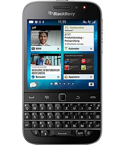 BlackBerry Classic Q20 BlackСтильному обладателю QWERTY-клавиатуры достался сенсорный дисплей вместе с оптическим трекпадом. Такой набор впечатляет! Легко узнаваемый «ежевичный» девайс идеально подходит на роль надежной «рабочей лошадки» для современного бизнесмена. Благодаря велико...<br>