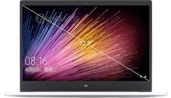 Xiaomi Mi Notebook Air 12.5 M3 SilverXiaomi Mi Notebook Air — эффектный ноутбук бизнес-класса от динамичного бренда Сяоми. Высокая производительность обеспечена здесь процессором Intel Core M3, обладающим тактовой частотой 2,2 ГГц. Оперативная память DDR3 (1866 МГц) в объеме 4 ГБ позволяет э...<br>
