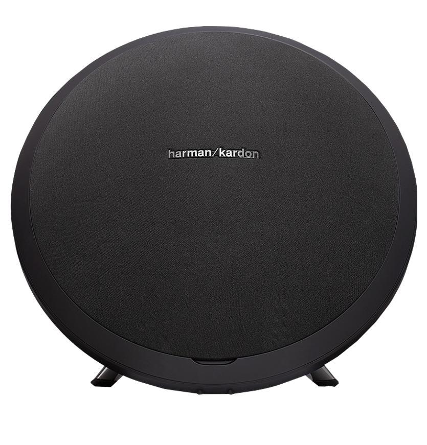 Беспроводная акустическая система Harman Kardon Onyx Studio BlackВеликолепное сочетание изысканного дизайна и качественного звука - вот что такое эта модель. Беспроводной портативный динамик обладает фирменным саундом бренда. Акустика вооружилась солидным аккумулятором, рассчитанным приблизительно на 5 часов работы вда...<br>